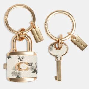 NWT COACH Lock and Key Charm
